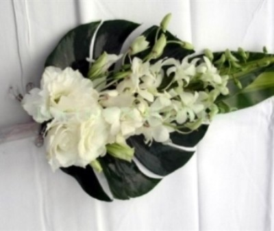 white flowers arm sheaf