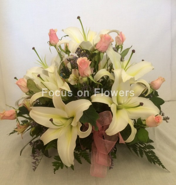 lily and roses